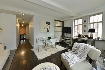 Brand New Listing In West Chelsea London Terrace Beautiful Junior One Bedroom Apartment For